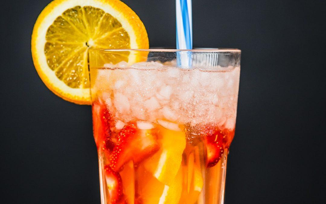 Cocktail di frutta e sciroppo d'acero